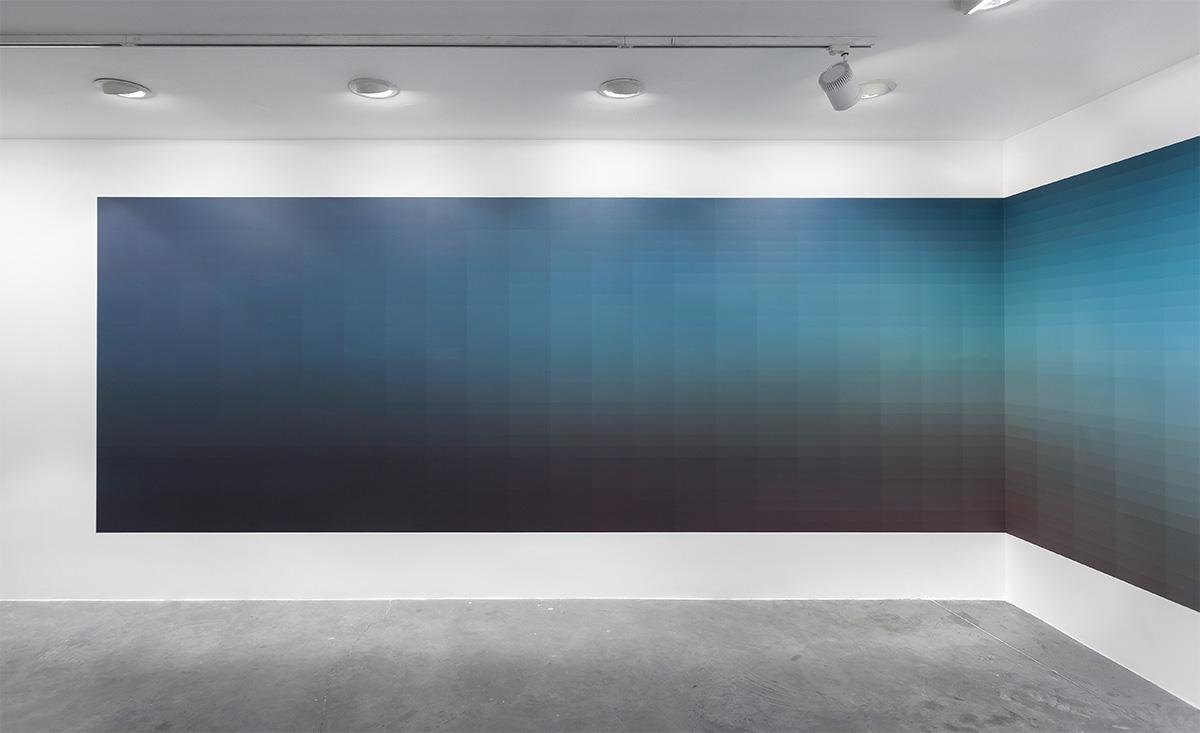Uygulandığı mekânın duvarlarına göre değişken boyutlarda: 800x290 X 500x290 cm duvar üzerinde 500x240 X 200x240 cm boyutlarındaki alana uygulanmış akrilik boya